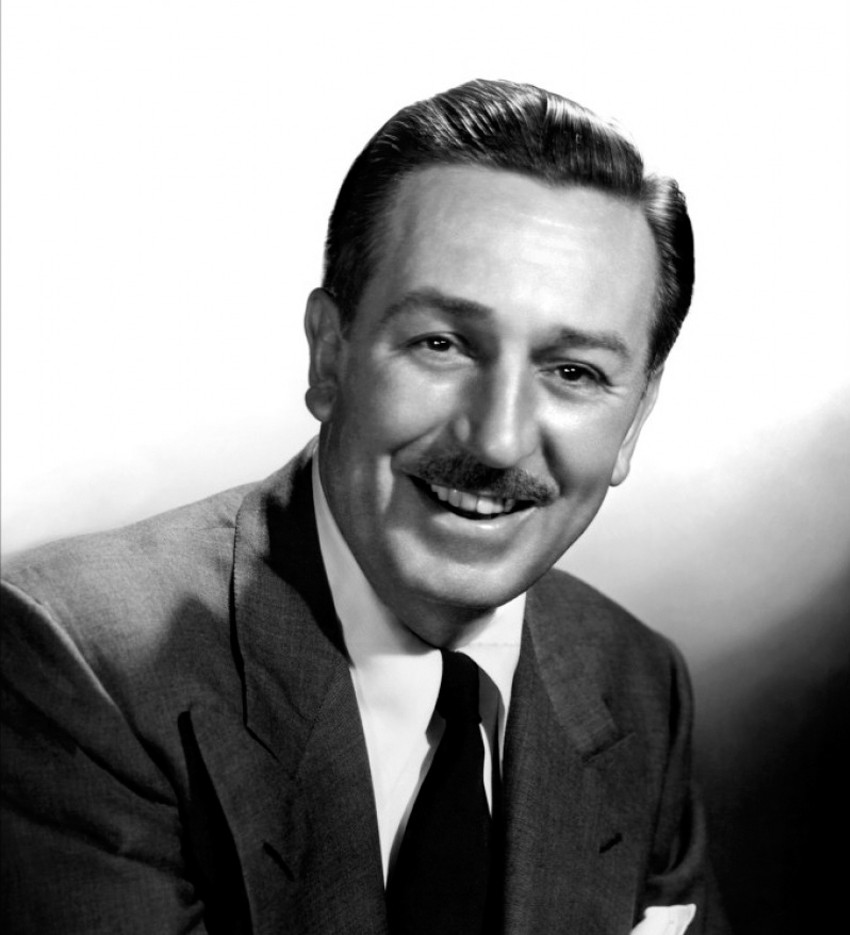 TRIBUTE TO WORLD LEGEND.. Walt Disney