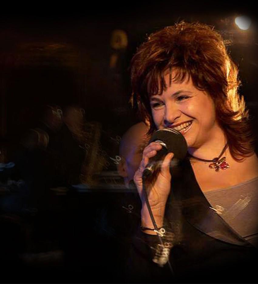 Elena Sonenshine Sings Christmas Songs